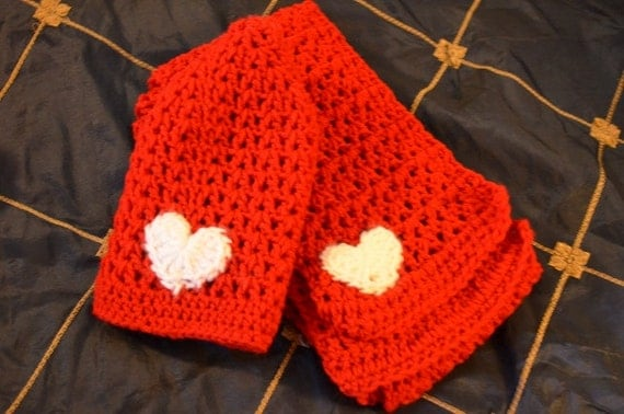 Crochet Pattern Hat Scarf Combo : Womens Crochet V Stitch Hat and Scarf Combo FREE SHIPPING in