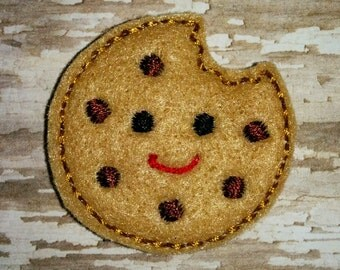 Set of 4 Smiling Smiley Chocolate Chip Cookie Bite Bitten Feltie Felt Embellishment Bow! Applique Embroidery Birthday Accent Fealtie