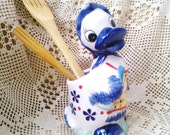 Vintage Porcelain Mom duck / Hand Painted porcelain Duck / Duck - Cook / Kitchen decor
