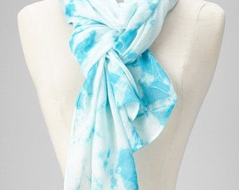 Tie and Dye Blue White Scarf - Soft & Cozy