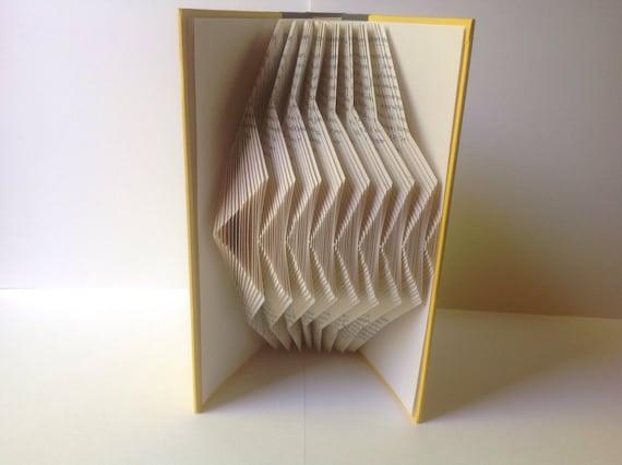 buchkunst falten falten origami buch recycelten upcycled. Black Bedroom Furniture Sets. Home Design Ideas