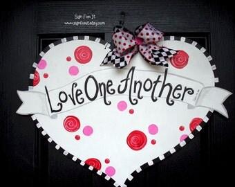 "Dotty Swirl Valentine Heart Door Sign-Message: ""Love One Another"""