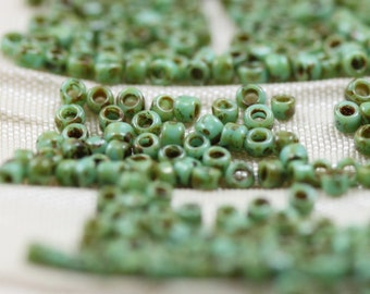 15/0 Turquoise Picasso Toho Seed Beads - 9grams, Picasso  beads. superior quality, micro seed beads, frosted gold beads