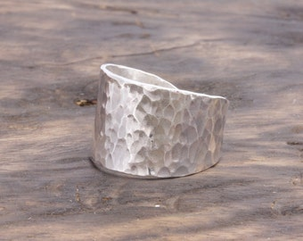 925 stering silver open back wide hammered band ring, adjustable ring (R_00032)