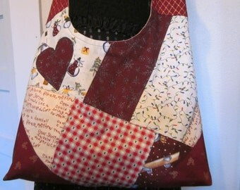 Christmas patchwork, cross body bag, fully lined, inside pockets, washable, reinforced corners,made to last, comfort strap. one of a kind.