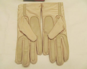 Energizer  Ladies Driving Gloves by Berkshire