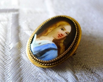 "Estate Hand painted porcelain PIn / Brooch  Solid Gold 10KT  1"" x 0.7"""