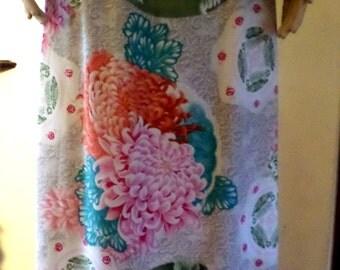 Vintage Asian Inspired Floral Chrysanthemum Pastel Print Spring Maxi Skirt by Hillard & Hanson Made in USA Size Medium