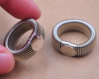 Ring Blanks,30pcs White K Retractable Cabochon Ring Base Setting 10mm pad,Metal Adjustable Tension Spring Ring.