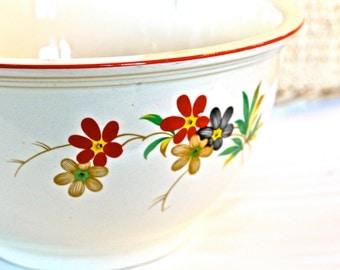 Vintage Homer Laughlin Floral Mixing / Serving Bowl