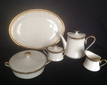 Eclipse by Lenox China  -  8 pieces - Excellent Condition