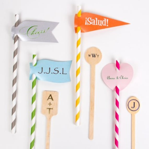 Personalized straw flags