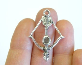 6 Antique Silver Bow And Arrow Charms 3.6 x 2.5cm Ref SC444