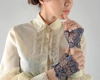 """Bobin Lace Mitts """"Tender""""  bobin lace russian lace"""