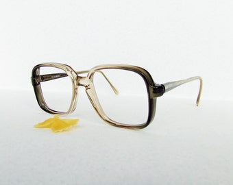Vintage 1970 Sun/glasses DUEMME, made in Italy, color: black gradient to transparent . Hipster, hippie,retrò, country chic,vtg
