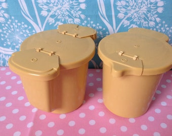 Tupperware cream and sugar containers, creamer, yellow, gold, vintage