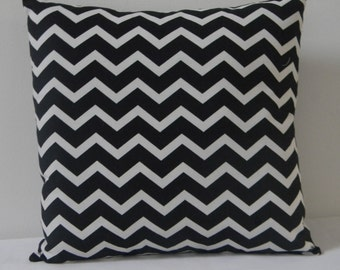 Black and White Chevron  pillow cover, Decorative throw  pillow, pillow cover,Black  Pillow cover, zig zag pillow