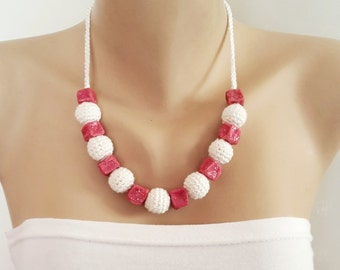 Crochet Necklace, Cream and Pink crochet necklace