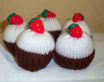 Knitting Cupcakes, Knit Food Amigurumi Cakes, Cupcake Toys, Knit Cakes. Set of 5 knitting cupcake with strawberries