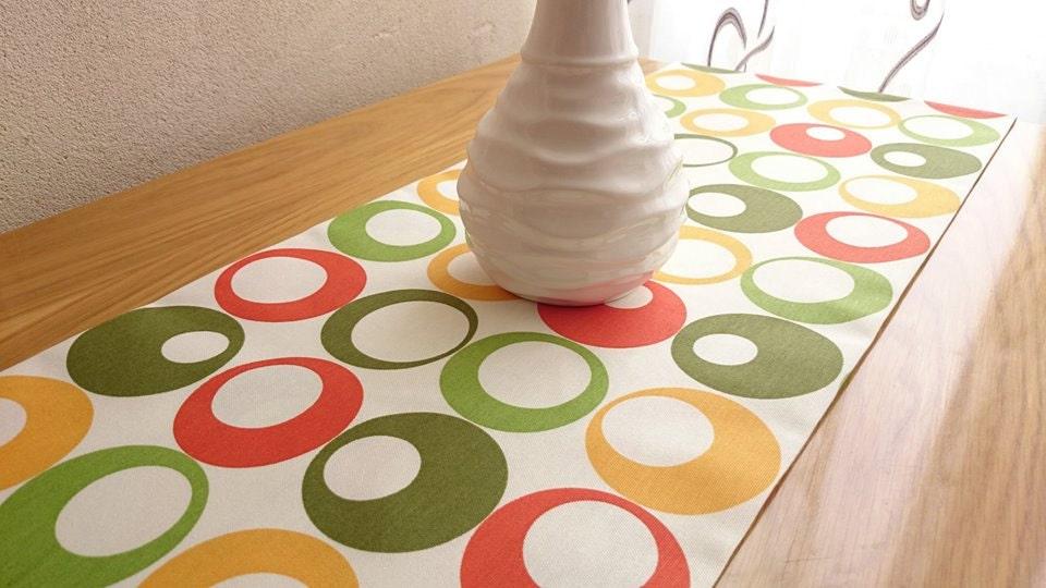 Corridore della tabella colorata tavolo moderno di - Copritavolo moderno ...