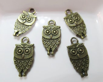 Closing Sale 10 Owl Charms- 18x9mm- Antiqued Bronze