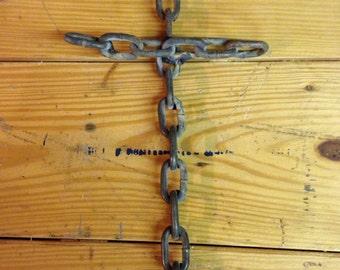 Welded chain cross