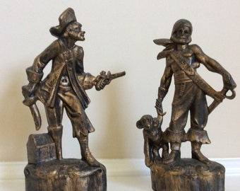 Buccaneers Two Pirate Figures Gold and Black Plastic.