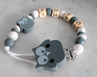Personalzed pacifier chain - wooden beads - model Theo