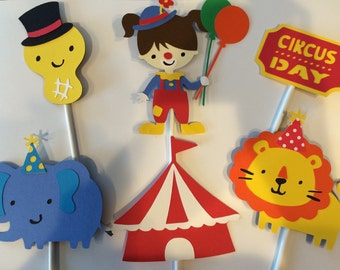 12 Girl Circus Cupcake Toppers