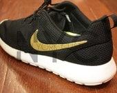 """Nike Roshe Run Black White """"GOLDEN TOUCH"""" Gold Swoosh Custom Men & Women"""