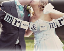 MR & MRS banner/mr and mrs bunting/ mr and mrs sign/Wedding Banner/Photography prop/wedding sign/barn wedding/rustic wedding decoration/
