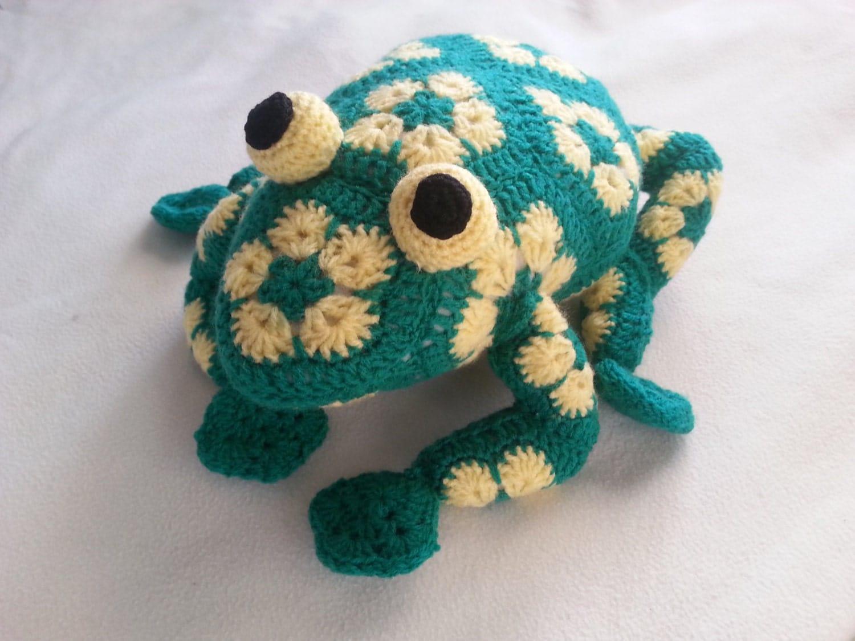 African Flower Amigurumi Free : Handmade crochet toy Frog African Flower motifs Amigurumi