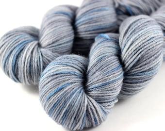 Winter Sky: 100% superwash BFL DK 4-ply yarn