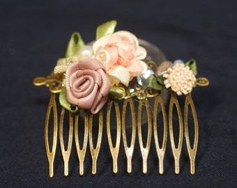 Ribbon flowers and freshwater pearls hair comb