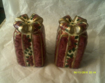 "Vintage ""Holiday Christmas Presents"" Salt & Pepper Shakers"