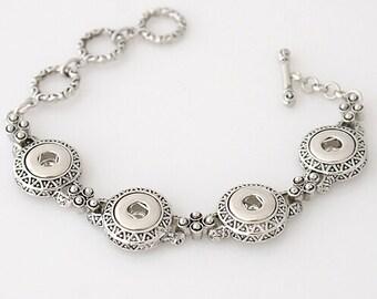 Get Snappy! Button Snap Bracelet