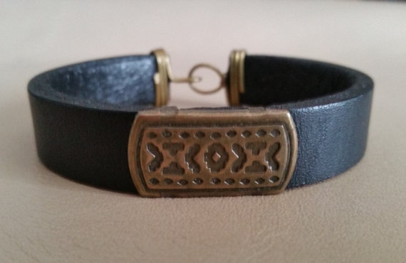 """MENS LEATHER BRACELET Black with Brass Concho, Hook Clasp. Lined. For 7"""" Wrist Size. Womens Leather Bracelet. Mens Cuff. Narrow Leather Cuff"""
