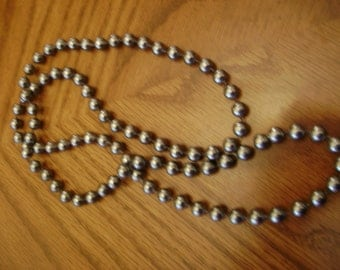 vintage BLACK PEARL NECKLACE single strand necklace vintage costume jewelry