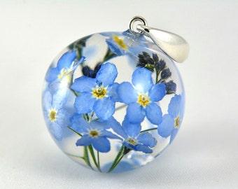 Forget-me-not Pendant, Blue Flower Pendant, Nots Resin Pendant, Blue Silver Pendant, Blue Myosotis Sylvatica Necklace, no chain pendant