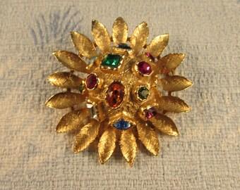 Vintage 3D gold sunflower brooch with embedded gemstones