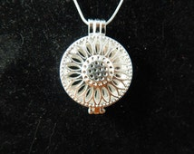 Essential oil Diffuser Necklace Bright Silver Sunflower Aromatherapy Diffuser Necklace