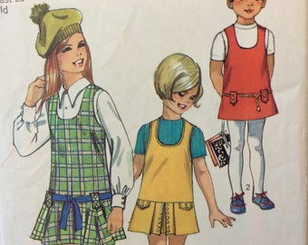 Simplicity 8896 vintage 1970's girl's jumper sewing pattern size 6