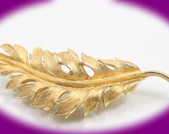 Vintage Brooch Coro 1961 Gold Tone Leaf Brooch/Pin Vintage Brooch Gold Brooch Jewelry