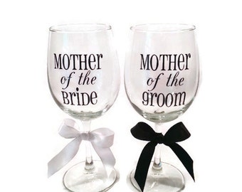 Mother of the Bride and Mother of the Groom wine glass set, wine glasses, wine glass gift, bridal shower gift, rehearsal dinner gift