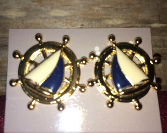 Vintage Avon Nautical Ship Ahoy earrings from avon 1990s