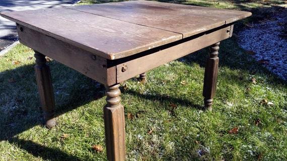 table de cuisine ancienne en bois. Black Bedroom Furniture Sets. Home Design Ideas