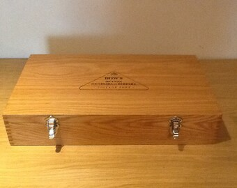 Oak presentation box