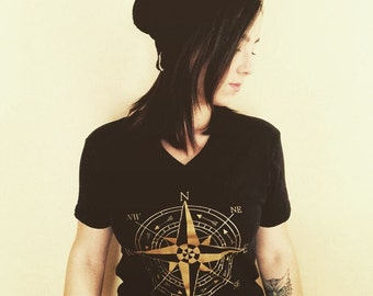 Compass shirt on 100% cotton, vinyl design