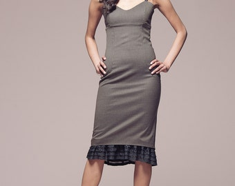 SAMPLE SALE Brown plaid fitted dress