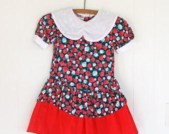 Pretty Vintage Girls Floral Dress // 5T Vintage Girls Dress // Red & Navy Floral Girls Dress